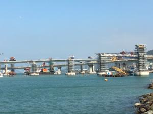 「港珠澳大橋」香港からマカオを結ぶ道路が建設中 完成予定は2017年か2018年