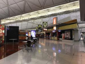 【改装中】香港国際空港の出国後エリアにある「24時間営業」の飲食店を調べてみました