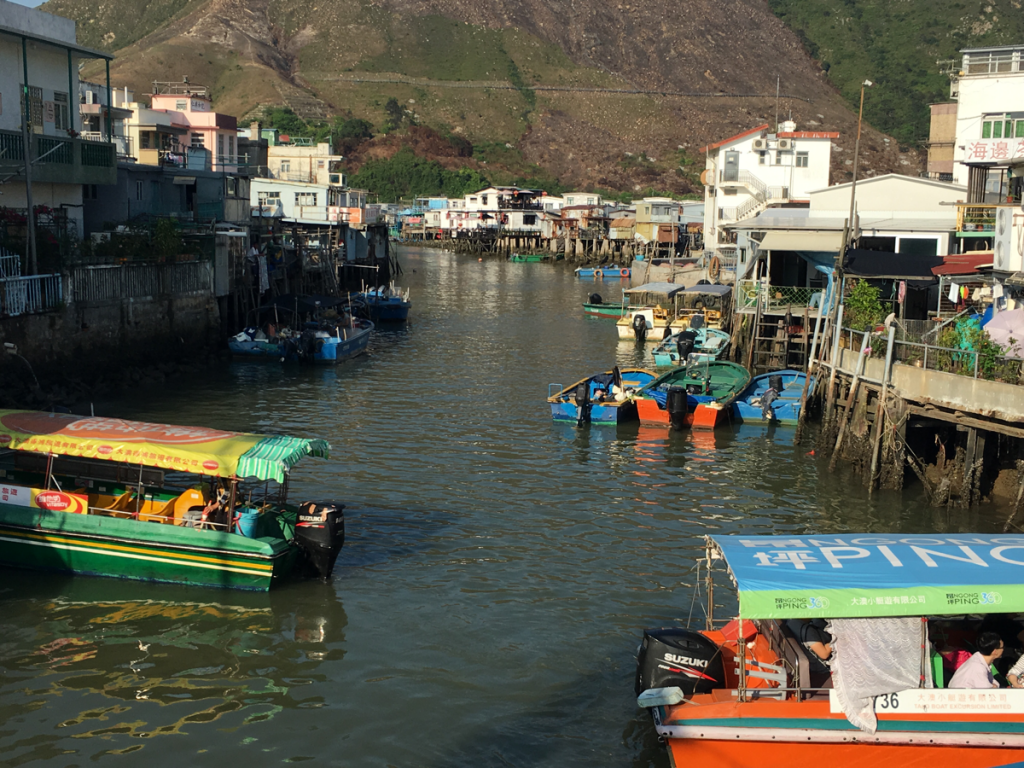 香港ランタオ島の大澳(Tai O)を探索しました