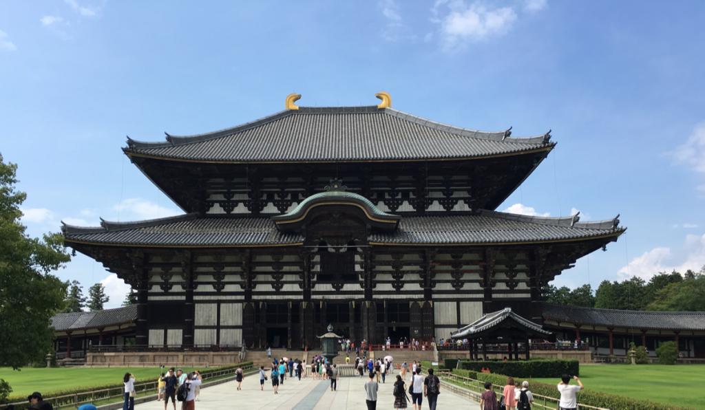 子連れで奈良旅行~(1)東大寺大仏殿で柱くぐり