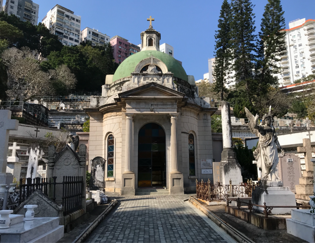 ハッピーバレーのお墓は中で分かれていた〜香港歴史散歩@跑馬地(Happy Valley)