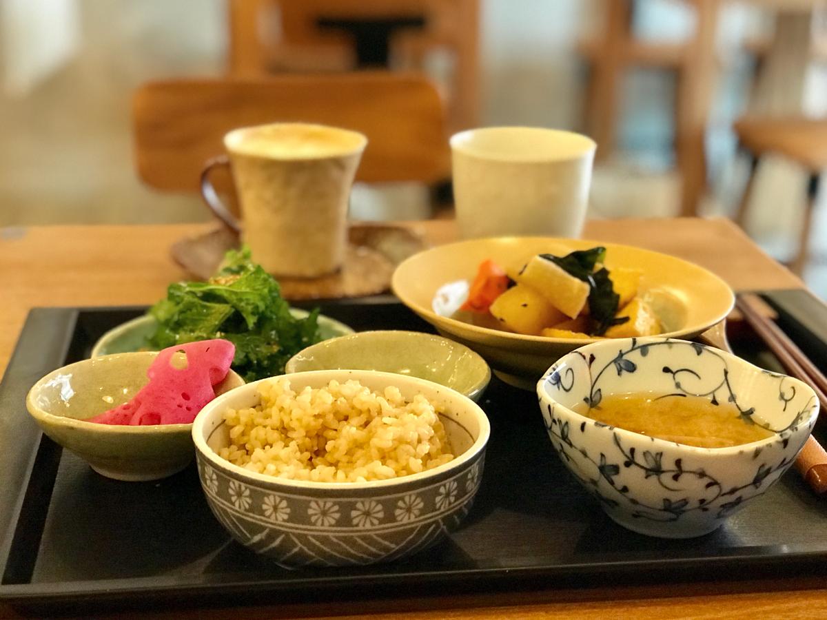 マクロビオティックのランチを食べてきた~隨然有機玄米菜食料理(Naturalead Organic Veggie Café)@尖沙咀