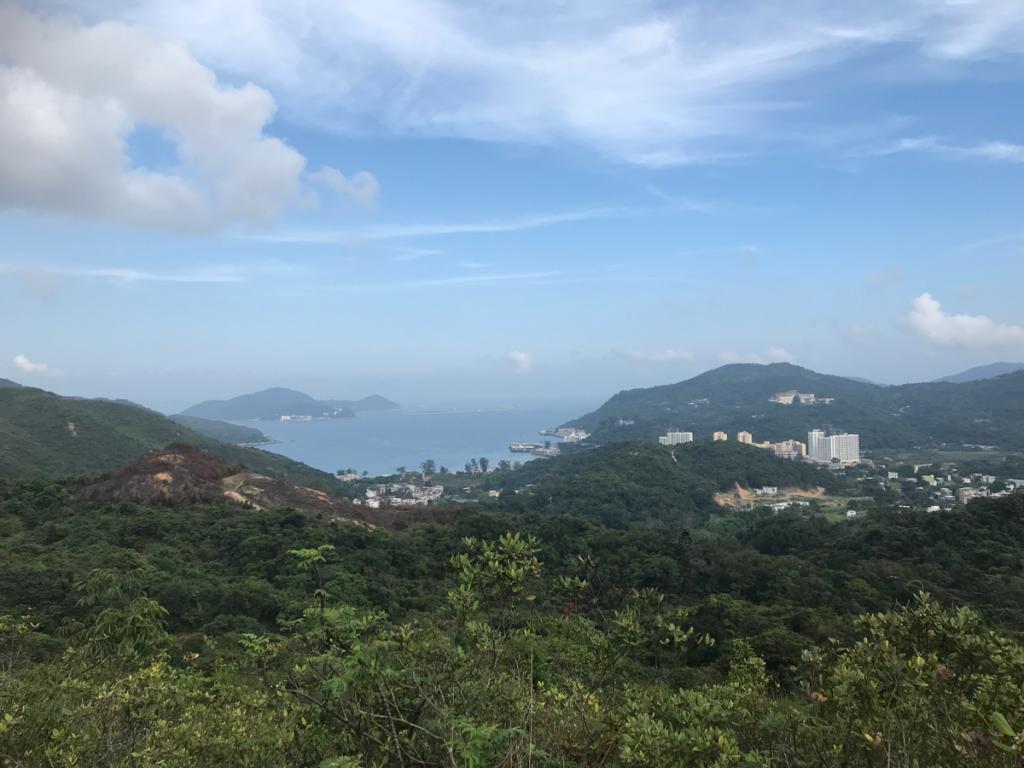 オリンピックトレイルを東涌(Tung Chung)から梅窩(Mui Wo)までハイキングした