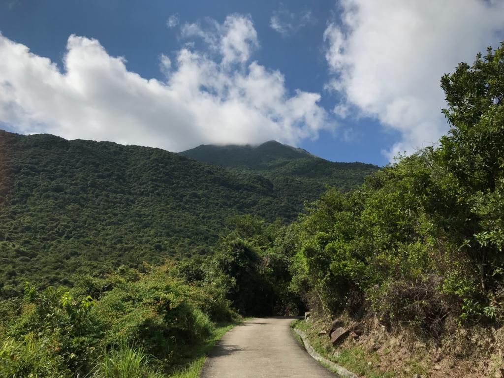 ランタオ島の「黃龍坑道」を散歩〜天后廟から黃龍坑郊遊場地と大東山入り口を通って、黃龍石澗の手前まで行った