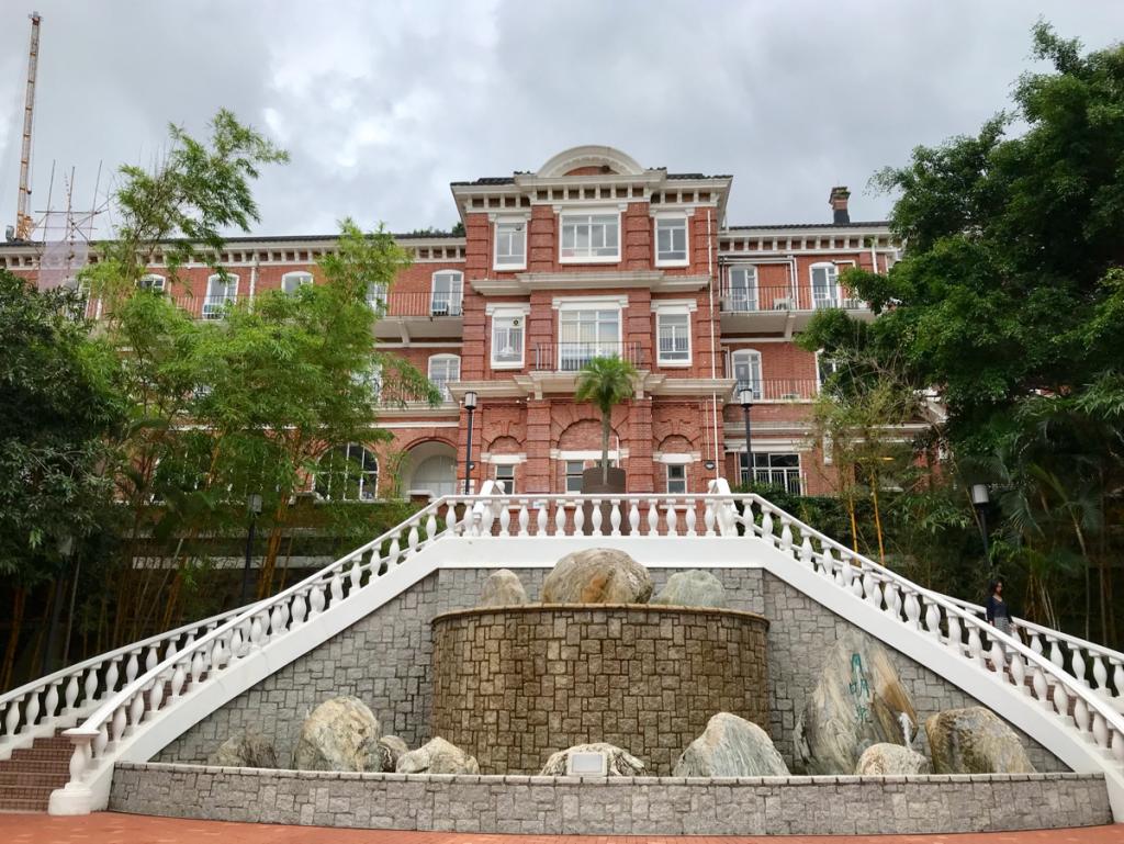 まずはエリオットホール(Eliot Hall)とメイホール(May Hall)から~香港大学にある歴史的な建物を見に行って来た(1)