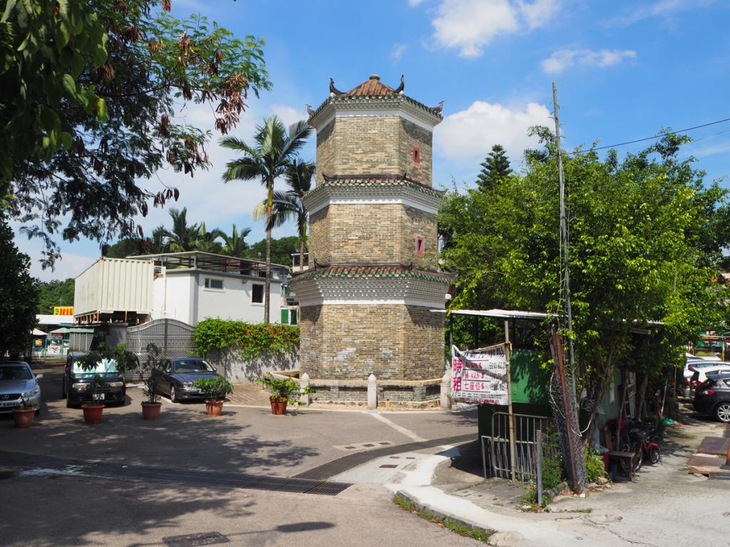お散歩の締めは天水圍駅前にある2箇所の法定古蹟の「聚星樓」と「達德公所」〜香港歴史散歩@屏山文物徑(Ping Shan Heritage Trail)(8)