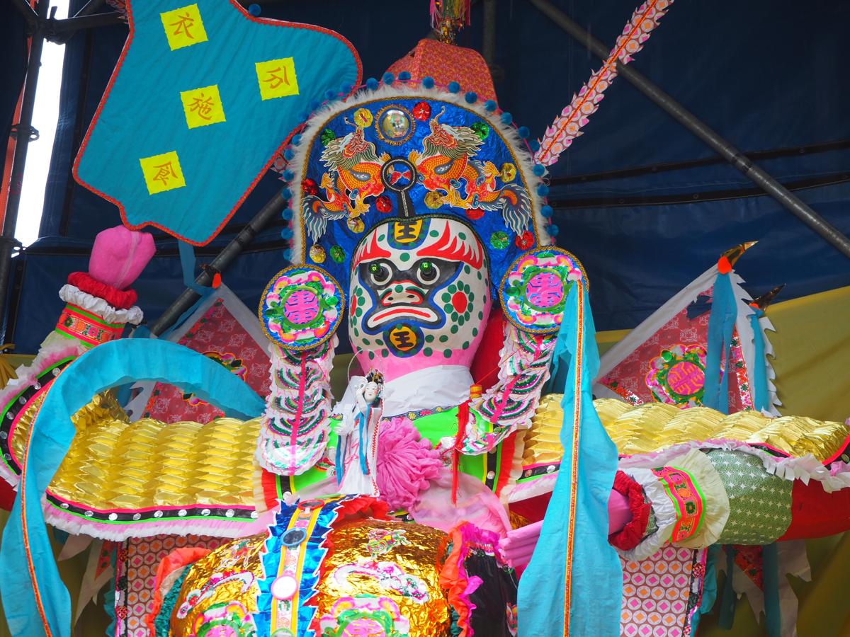 お盆祭りが始まる前だったので、人を気にせず写真が撮れて良かった〜香港のお盆祭り「ハングリー・ゴースト・フェスティバル(盂蘭勝會)」を見学(8)〜長沙灣街坊福利會盂蘭勝會@保安道遊楽場