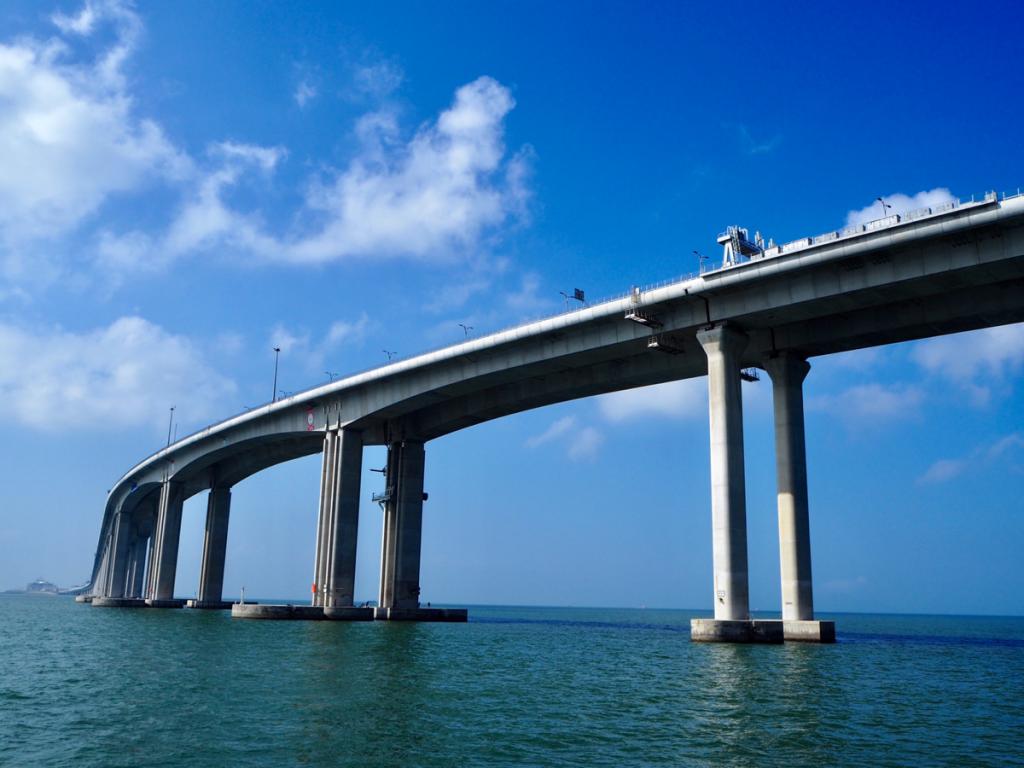 """東涌から大澳まで """"港珠澳大橋を一番近くで見られる"""" フォーチュンフェリー(富裕小輪)に乗った"""