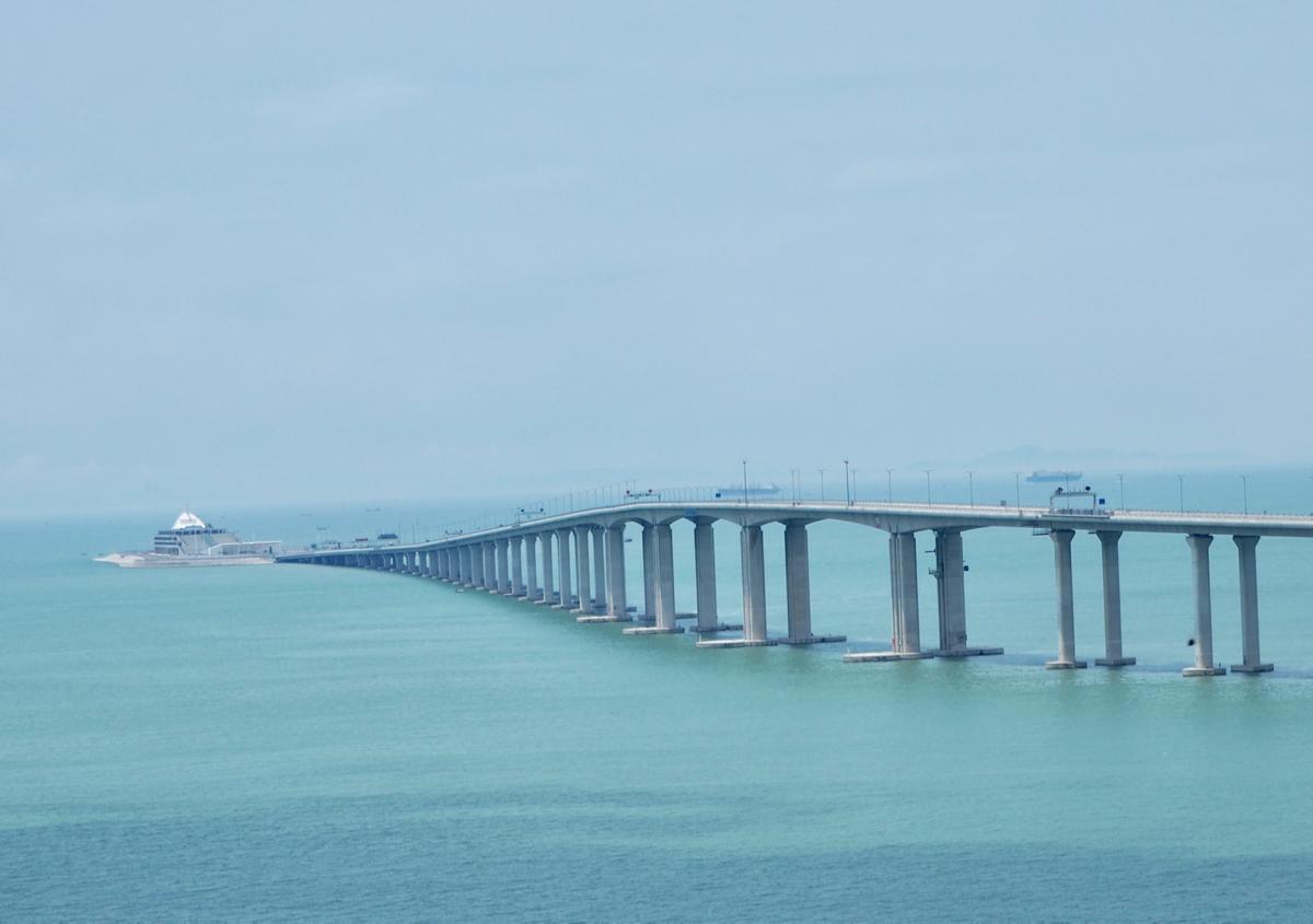 ハイキングの後半は港珠澳大橋を見ながら一気に歩いた~東澳古道をハイキング(4)