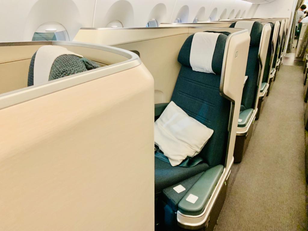 台北から香港まで念願のA350-1000型機のビジネスクラスに乗れて良かったけど、あっという間だったので、もっと乗っていたかったと思った