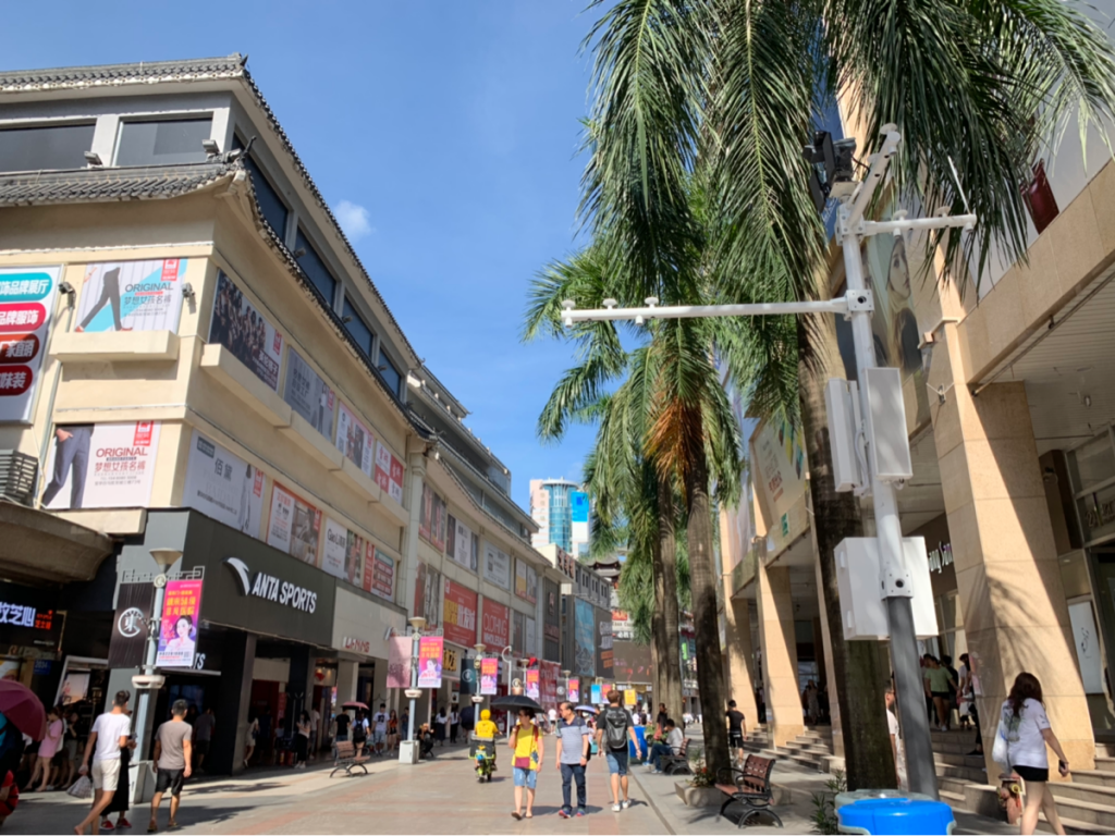 香港特別行政区成立記念日の7月1日に中国深圳に行って、中国と香港の若者の違いについて考えてみた