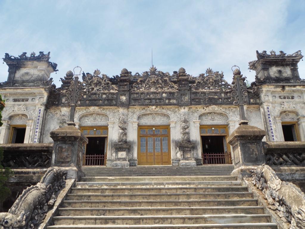 カイディン帝廟~世界遺産「フエの建造物群」半日観光(6)~子連れ旅行@ベトナムフエ(13)