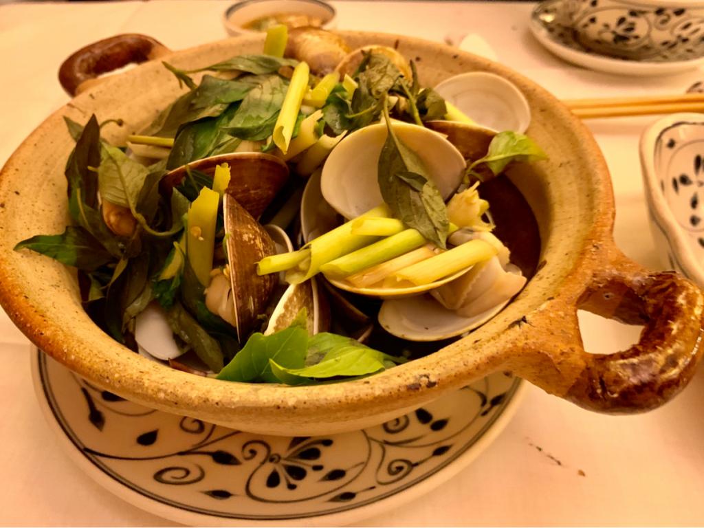 ベトナムで一番美味しかったのは、「ハマグリのレモングラス蒸し」〜子連れ旅行@ベトナムダナン(9)