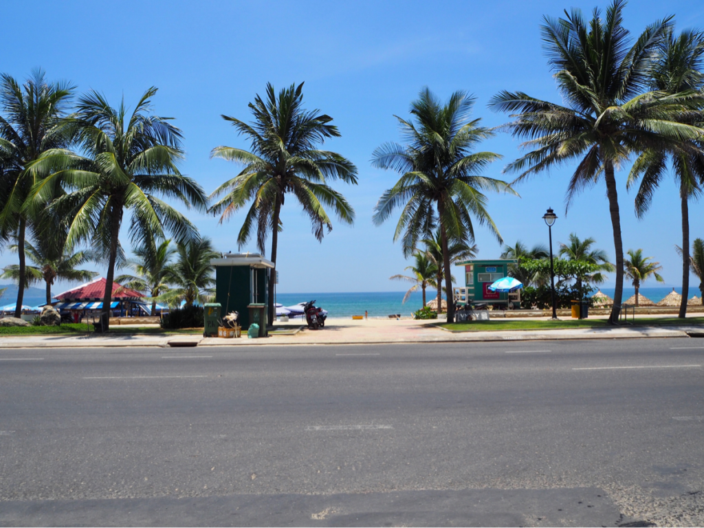 世界屈指の美しさを誇るダナンのビーチでゆったりとした時間を過ごした〜子連れ旅行@ベトナムダナン(10)