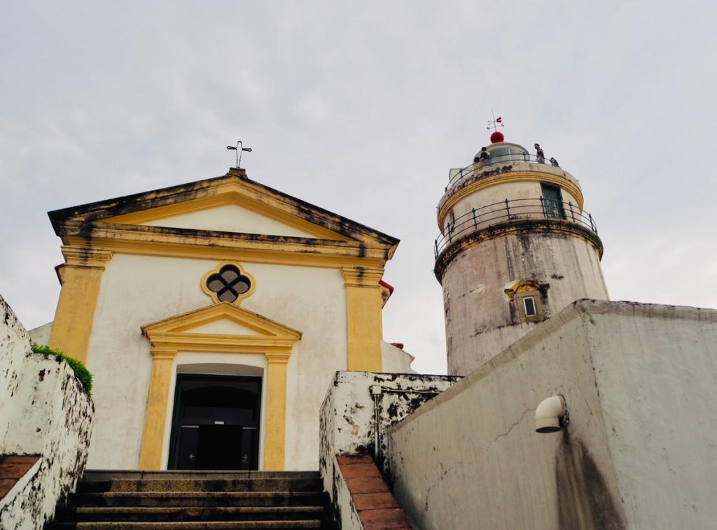マカオ世界遺産散歩〜(30) ギア要塞(ギア灯台・ギア教会)