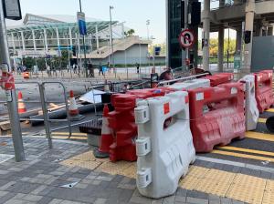 朝の香港がデモ隊の妨害活動で大変なことになった