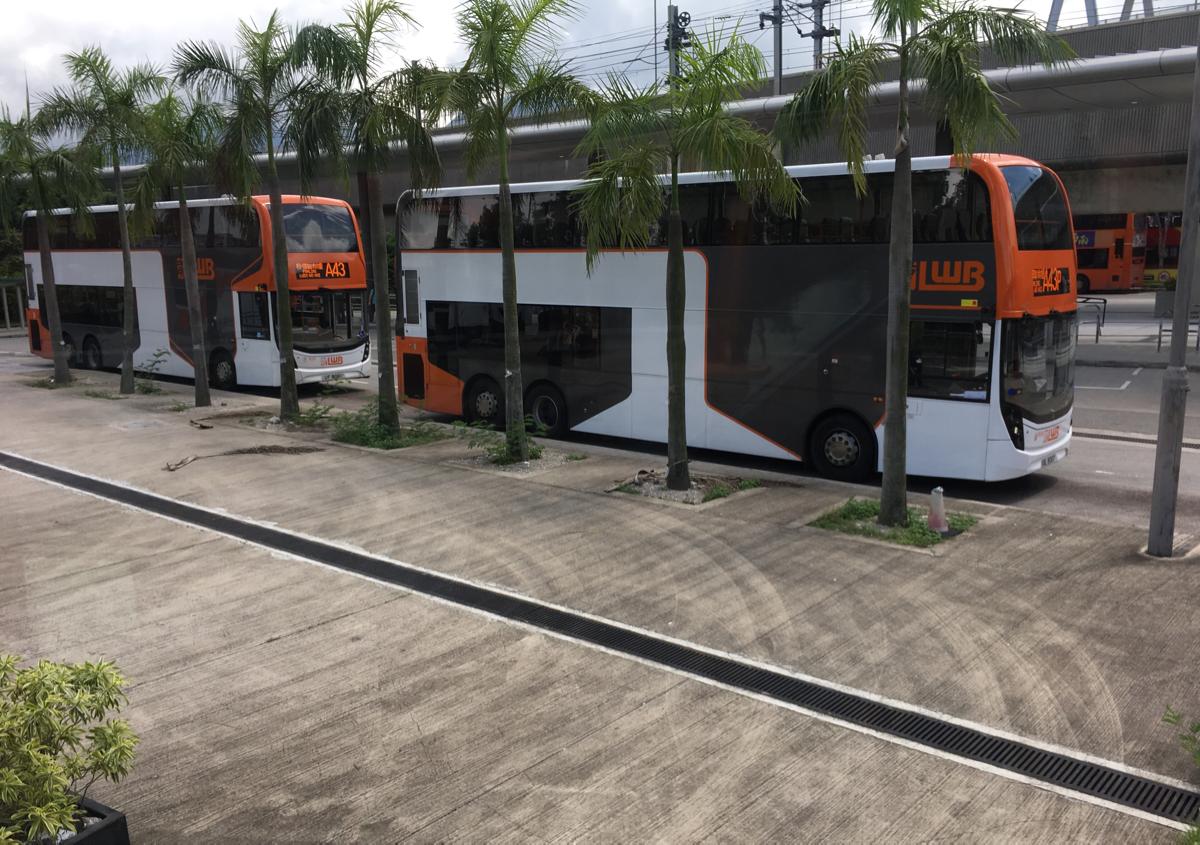香港にある中国人民解放軍の基地「新圍軍營」を見学~(2)粉嶺までUSB完備の快適な空港バスに乗った