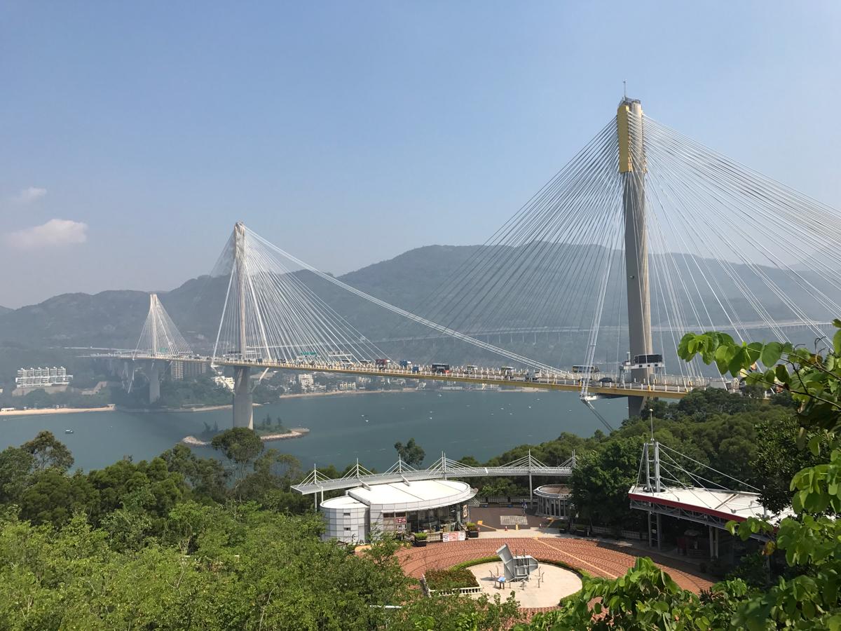 汀九橋(Ting Kau Bridge)は九龍半島と青衣島を結ぶ斜張橋~青嶼幹線訪客中心(Lantau Link Visitors Centre)で香港国際空港と市街地を結ぶ3つの橋について学んだ(前編)