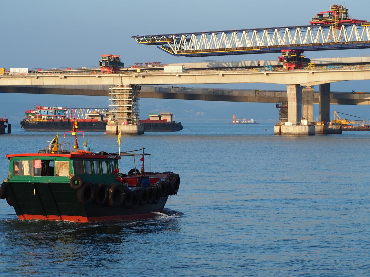 2017年の一番のニュースは橋の「コンクリート偽装」〜香港とマカオを結ぶ珠港澳大橋(Hong Kong–Zhuhai–Macau Bridge)の開通は2018年