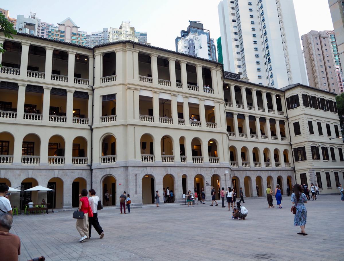 營房大樓(Barrack Block)で建物が修繕される過程を発見して面白かった~香港セントラルにある旧中央警察がアート施設になった大館(Tai Kwun)を訪問(5)