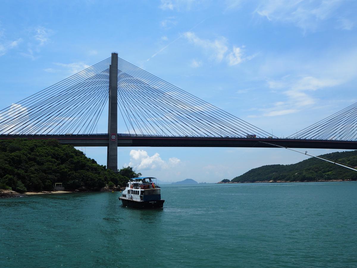 フェリーターミナルから見た汀九橋は少し遠かったけど、とても良い眺めだった~馬灣をお散歩しながら巨大橋を間近で見た(2)