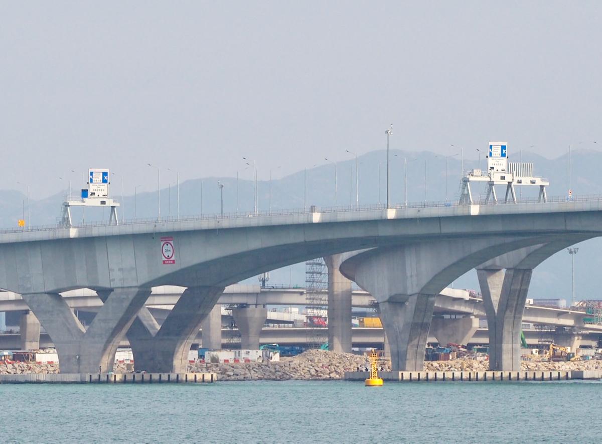 開通日が2018年10月24日に決定した、香港とマカオ・珠海を結ぶ港珠澳大橋を見に行ってきた