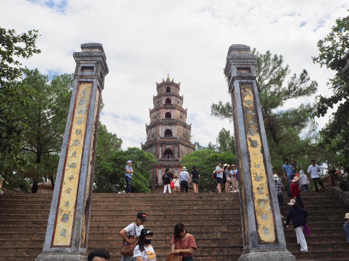 ティエンムー寺院~ 世界遺産「フエの建造物群」半日観光(1)〜子連れ旅行@ベトナムフエ(8)