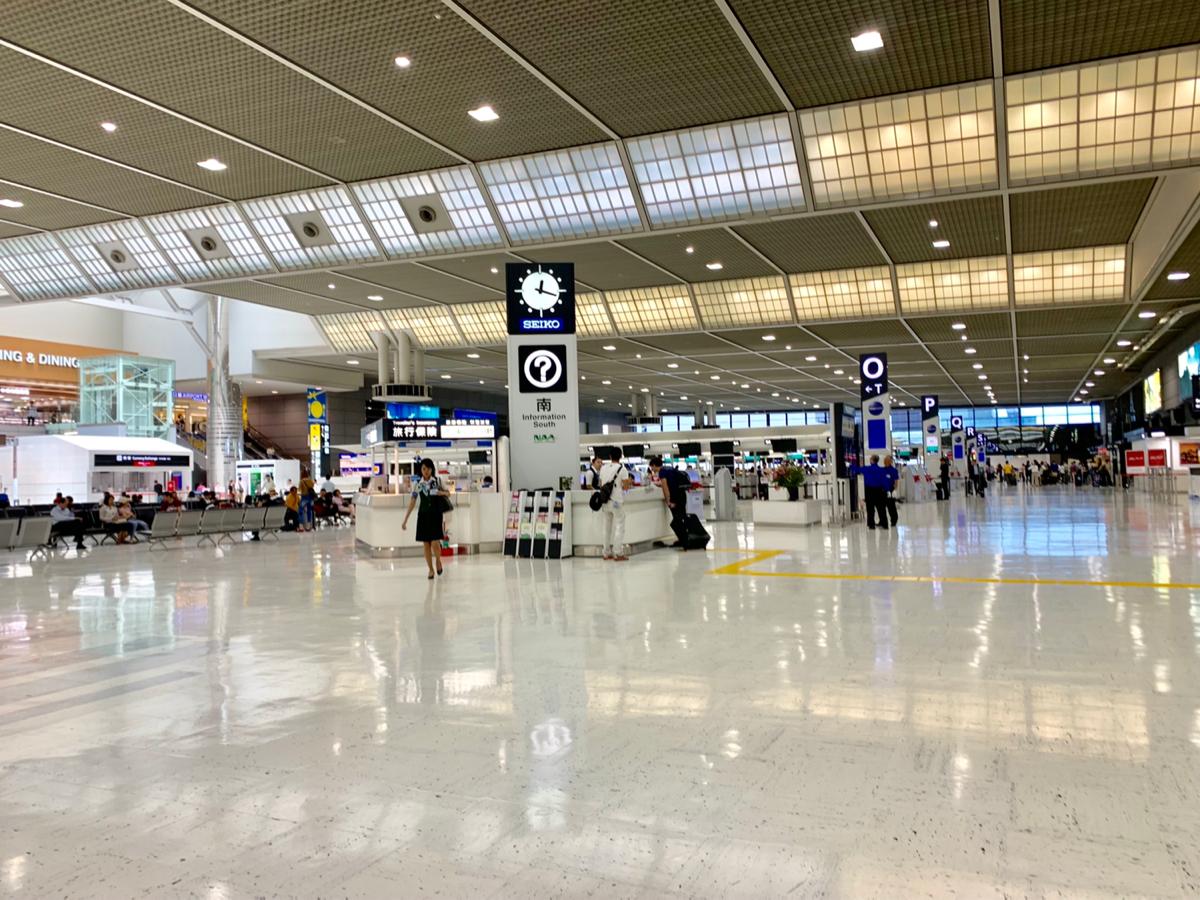 海外在住者である私が、空港の出入国時間を退縮できる「自動化ゲート」をあえて登録しない、たったひとつの理由