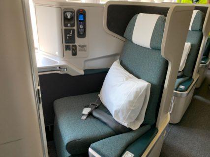 マニラ発香港行きのキャセイパシフィック航空CX906便のビジネスクラスに乗った