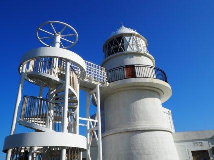 和歌山県串本町の大島で、トルコとの友好関係を実感したり、日本最古の石造りの灯台に上ったりした