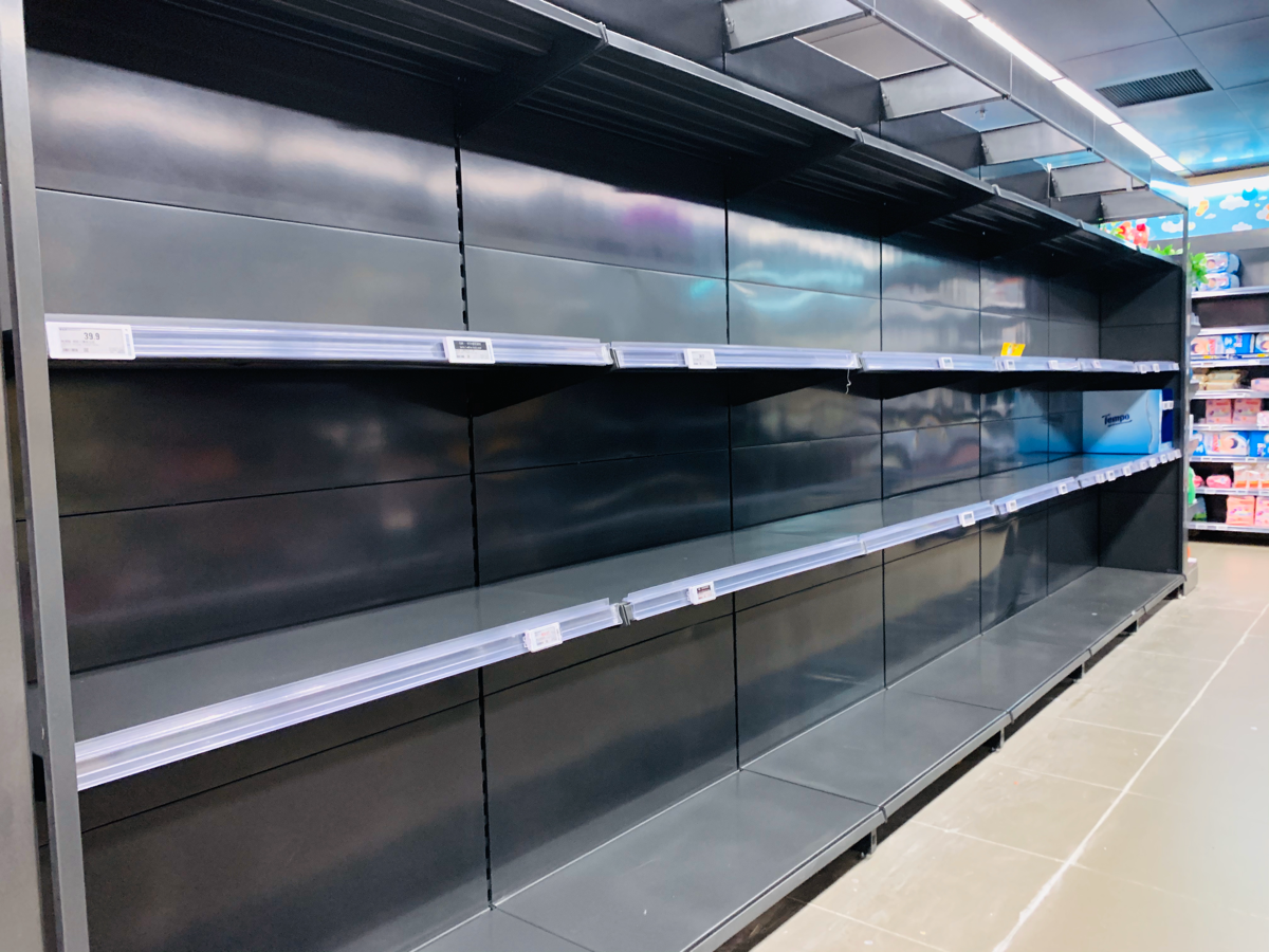 香港でのトイレットペーパーの買い占めは日本の災害の時と同じ~普段から1ヶ月分のトイレットペーパーを備蓄しておいた方が良いのかもしれない