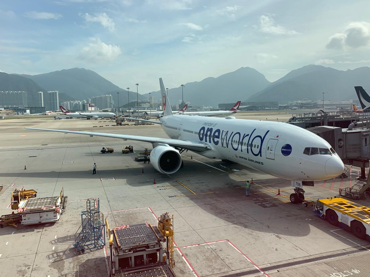 日本航空のビジネスクラスのシート「JAL SKY SUITE Ⅲ」のちょっと残念だった点と、それでもJALにして良かった点をまとめてみた