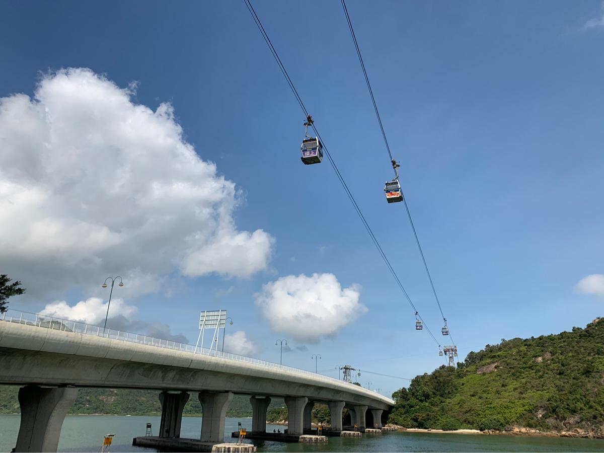 香港国際空港の近くにあるシーニックヒルから空港を眺めた