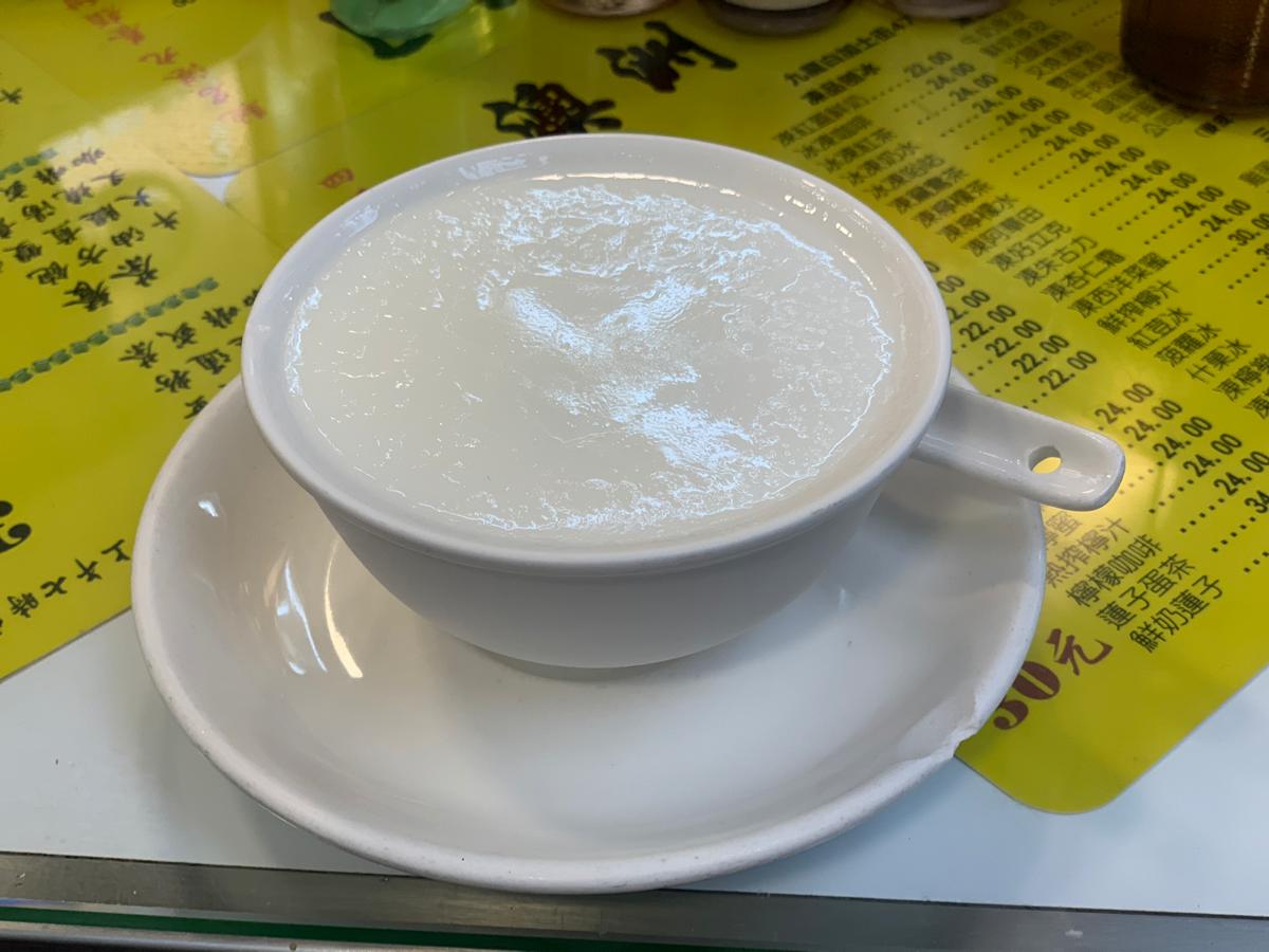 今日のデザート~ミルクプリン(蛋白燉鮮奶)/澳洲牛奶公司@佐敦